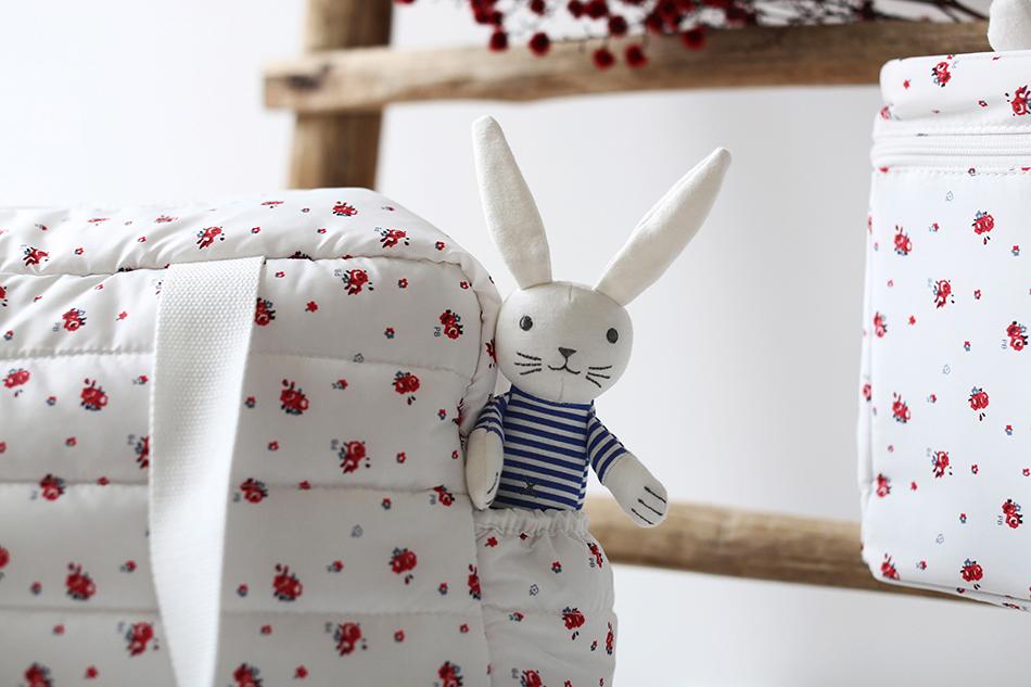 pr parer sa valise pour la maternit blog petit bateau. Black Bedroom Furniture Sets. Home Design Ideas
